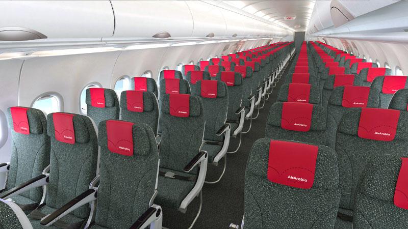 Пассажирский салон Airbus A320 авиакомпании-лоукостера Air Arabia